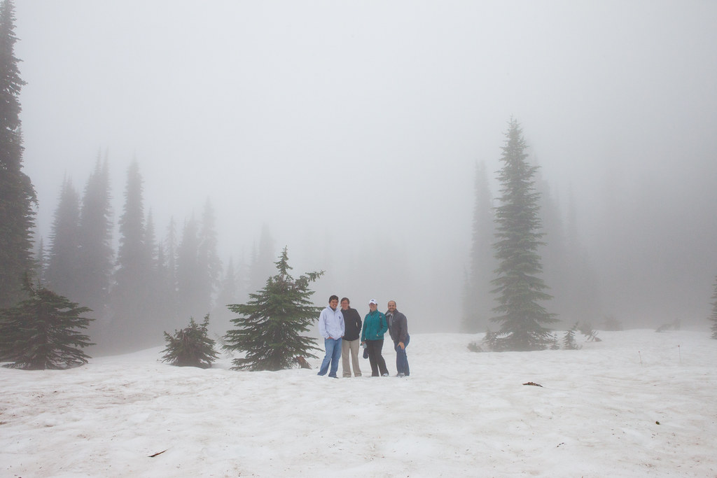 Group picture on Mount Ranier