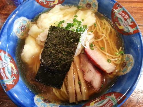ra120822八雲 特製ワンタン麺