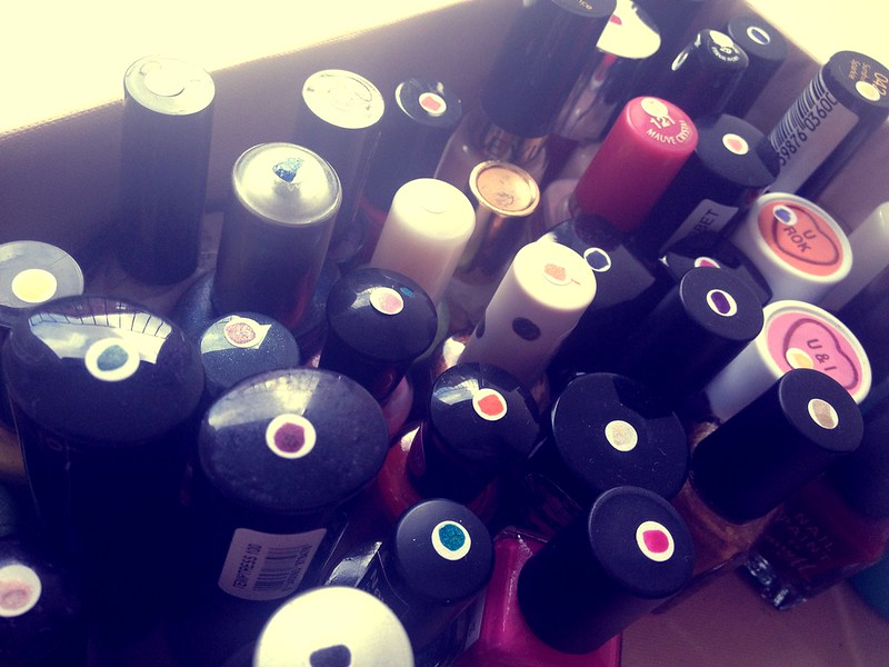 how to organise nail polish