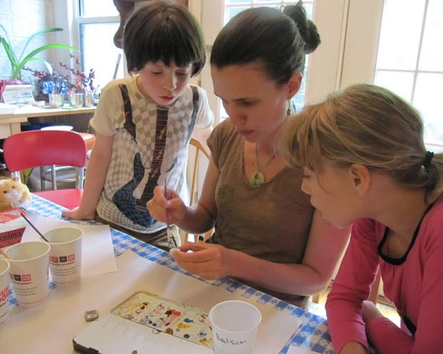 Chile paper bead making with Brooklyn Craft Workshop. Photo by Rachel Schwartzman.
