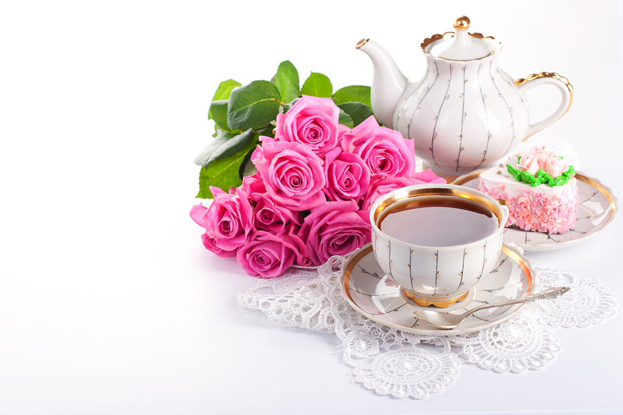 Сup of tea and roses