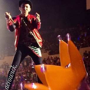 G-Dragon_at_KCon-LA-20140809 (17)