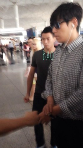 top-leaving-hk-(6)