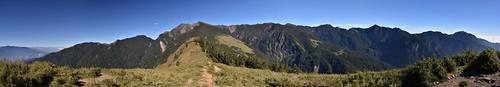 雪山雪東線-雪山東峰-眺望369山莊、雪山