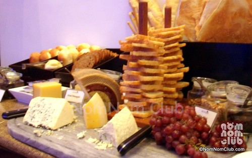 Bread & Cheese Station