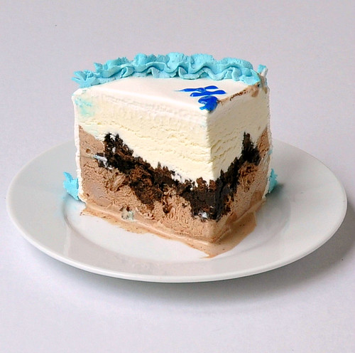 Carvel Ice Cream Cake Images : Ice Cream Cake   The Way to His Heart