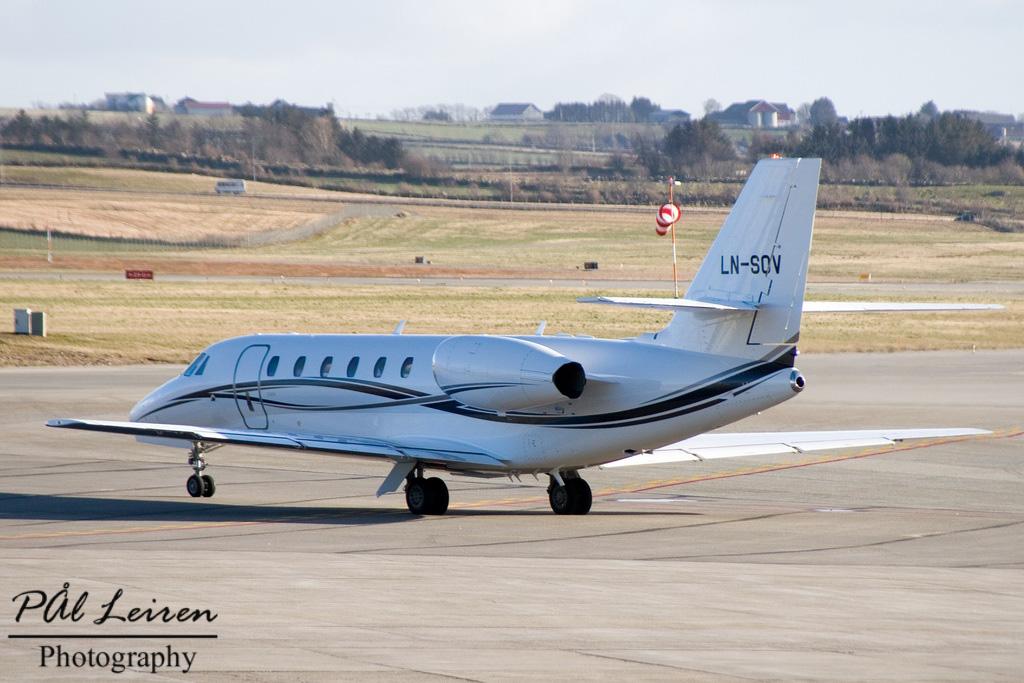 LN-SOV - C680 - Sundt Air