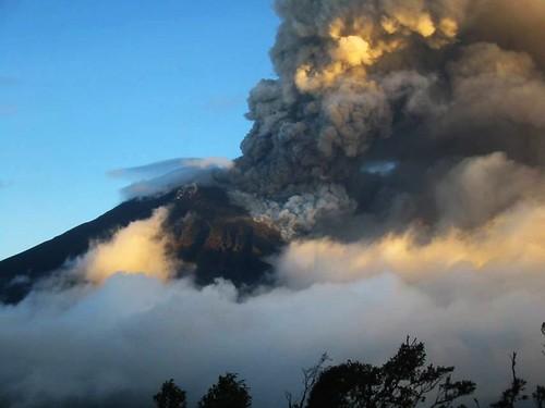 Volcán Tungurahua by asturconmar( Marcos)