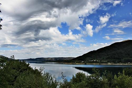 Abruzzo montano Lago di Campotosto