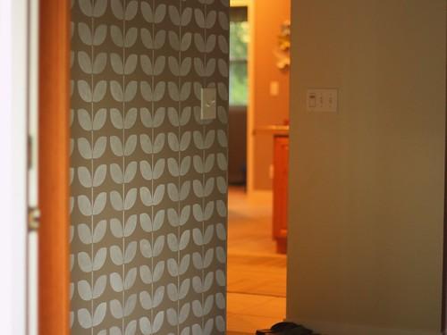 vine wall stencil - b
