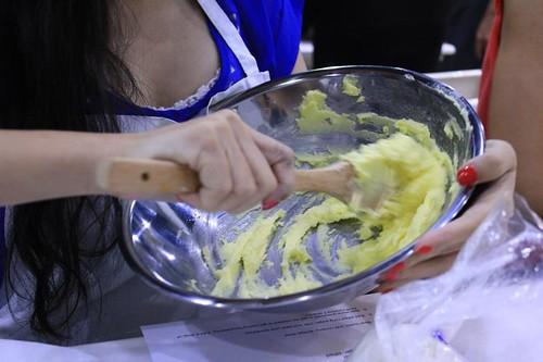 celcom cupcake mixing