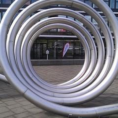 tire(0.0), automotive tire(0.0), spiral(0.0), wheel(0.0), electrical wiring(0.0), iron(0.0), stadium(0.0), pipe(1.0), circle(1.0),