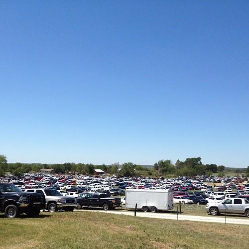 Amish auction parking