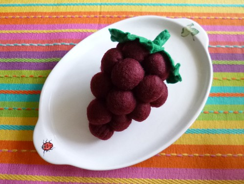 Felt play food - Grapes