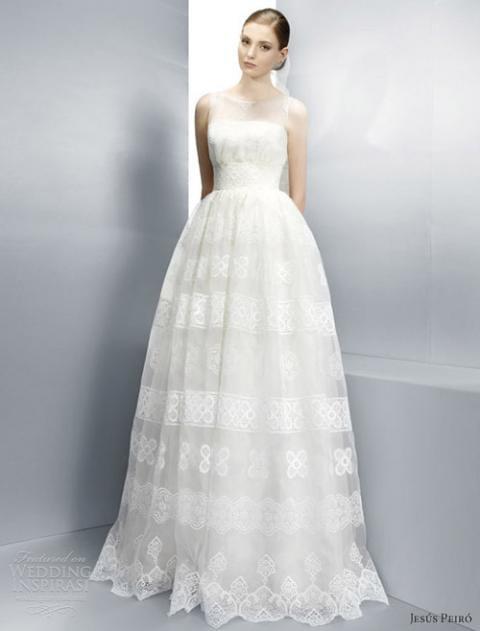 váy cưới trẻ trung