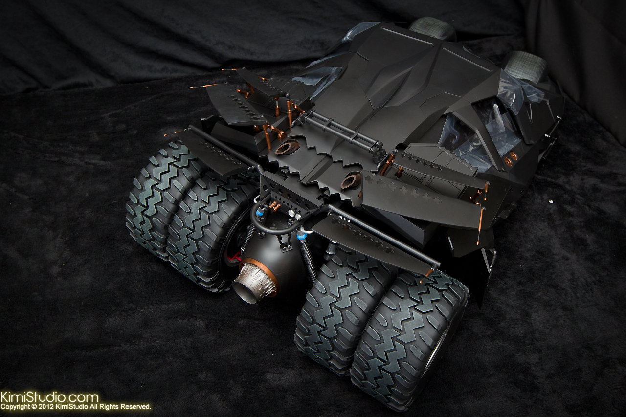 2012.09.22 MMS69 Hot Toys Batmobile-027