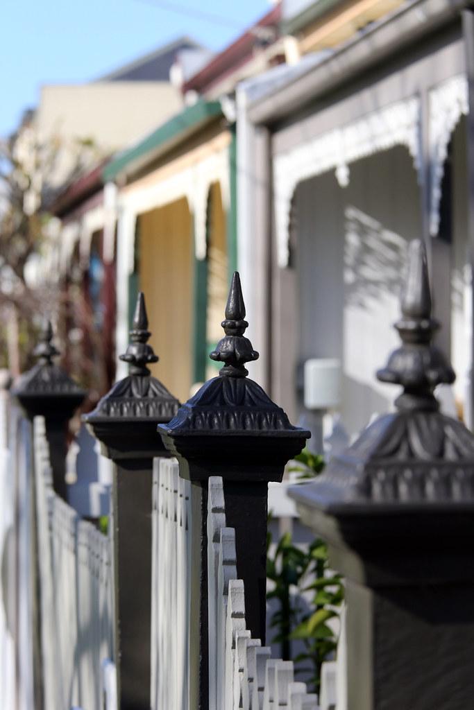 INNER-CITY SUBURBIA MELBOURNE ©