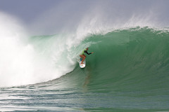 Bethany Hamilton's freight train barrel in Rd. 1 was enough to get her into the next round.