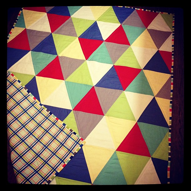 Seaside inspired triangle quilt