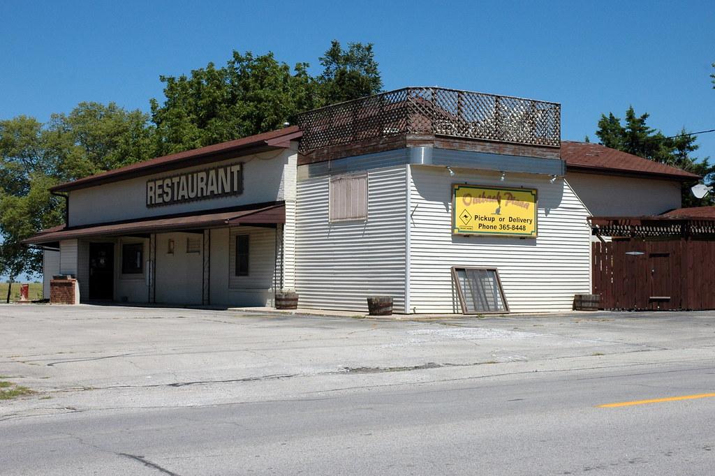 Filling Station Cafe, Lexington, IL