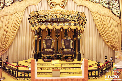 istana negara throne