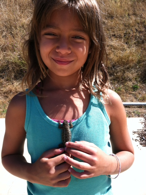 Patsy with a lizard on the umpqua