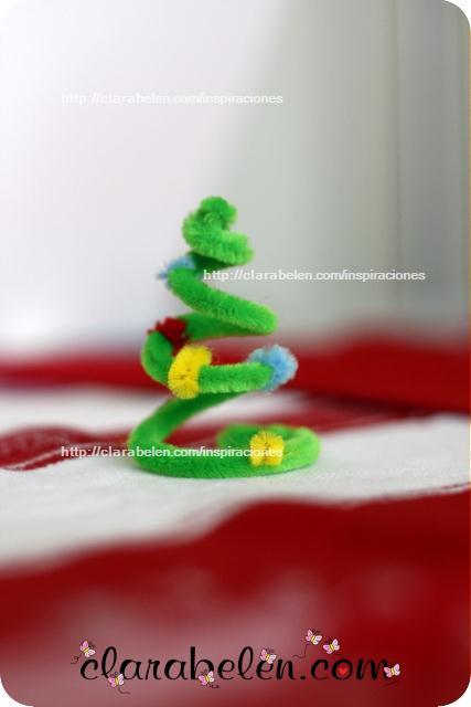 Cómo hacer árboles de navidad con limpiapipas para niños