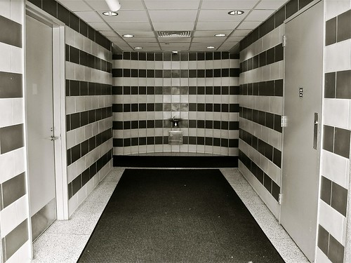 yerba buena gardens restrooms b/w