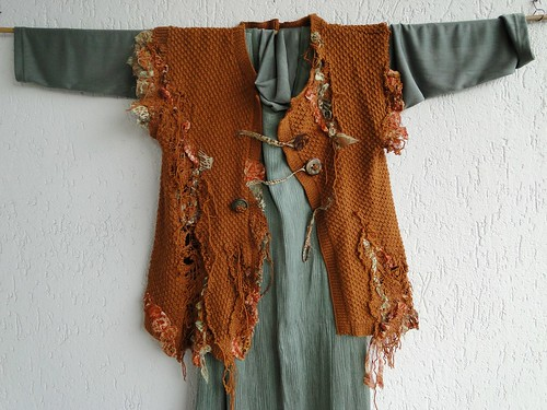 Wearable wall hanging Nr.1 - static