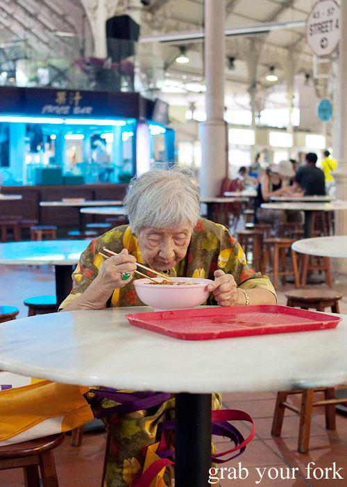 noodles at lau pa sat festival market hawker market singapore