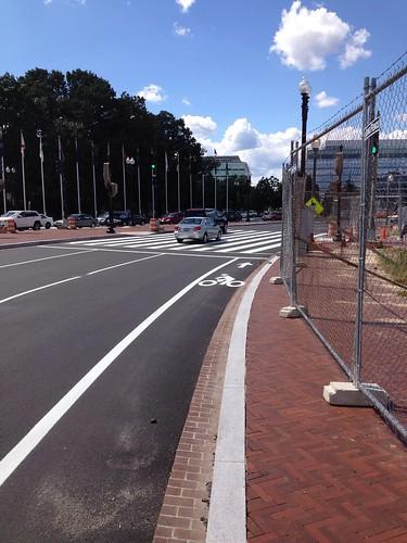 Columbus Circle bike lanes north