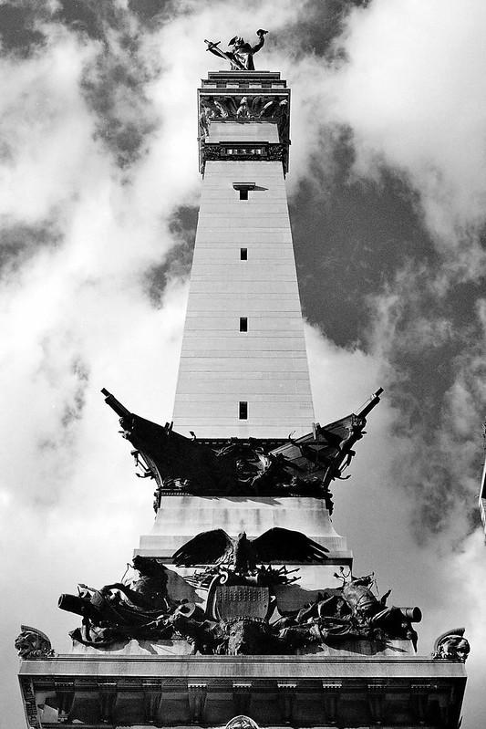 Monument sky