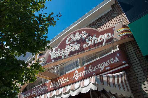 Ole's Waffle Shop, Alameda