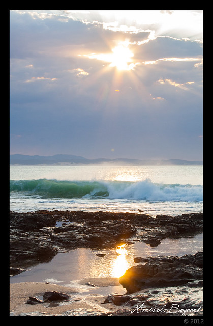 jeffreys bay beach sunrise