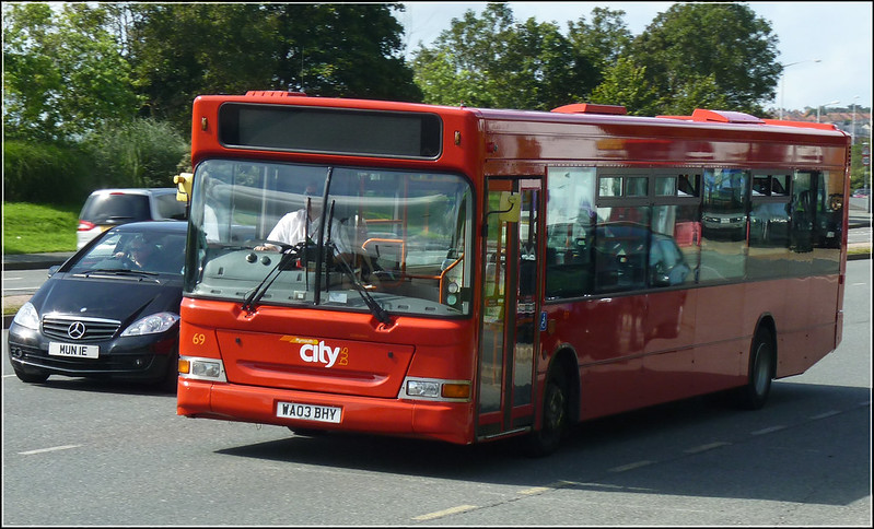 Plymouth Citybus 069 WA03BHY
