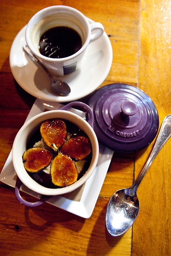 Brûléed figs with mascarpone cheese and fig glaze
