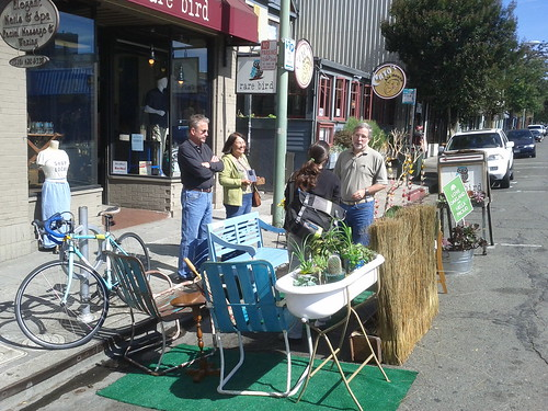 Rare Bird parklet on Piedmont Avenue