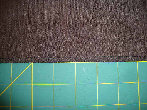 New Look 6103: look!  black serger thread!