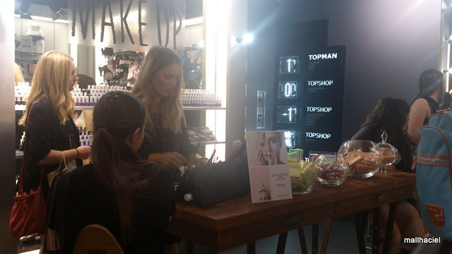 Topshop Sydney - Make Up