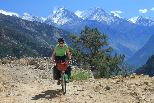 Cycling the old Hindustan-Tibet byway
