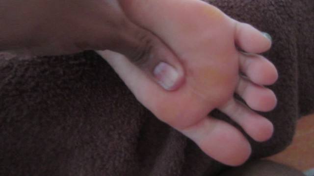 Massage of the sexy Rachelle soles size 9