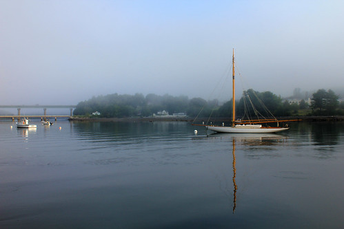 Early morning in Belfast Harbor, Maine by nelights