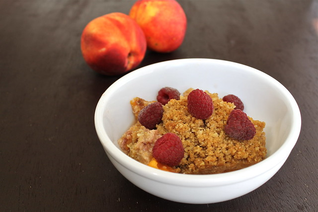 Kate's Short and Sweets: Peach Crisp - vegan & gluten free