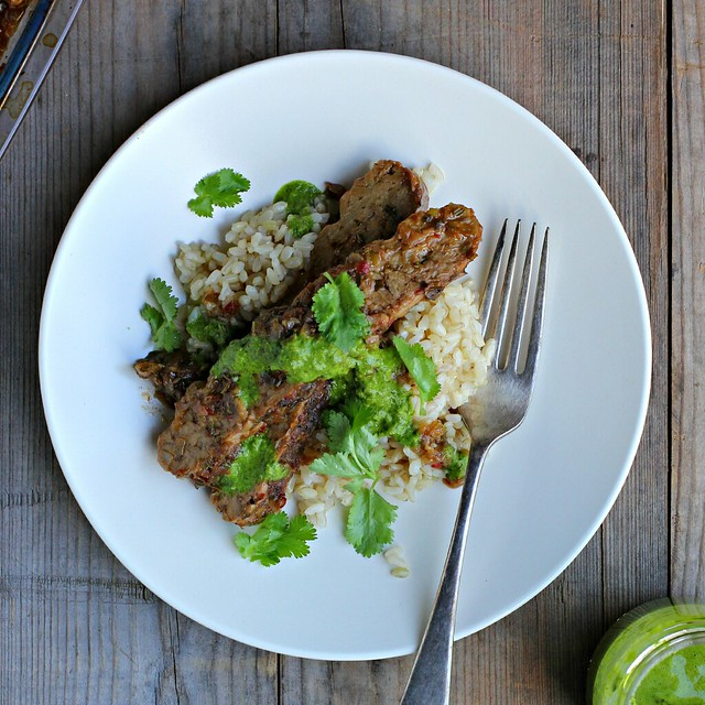 jerk tempeh w/ coriander (cilantro) sauce