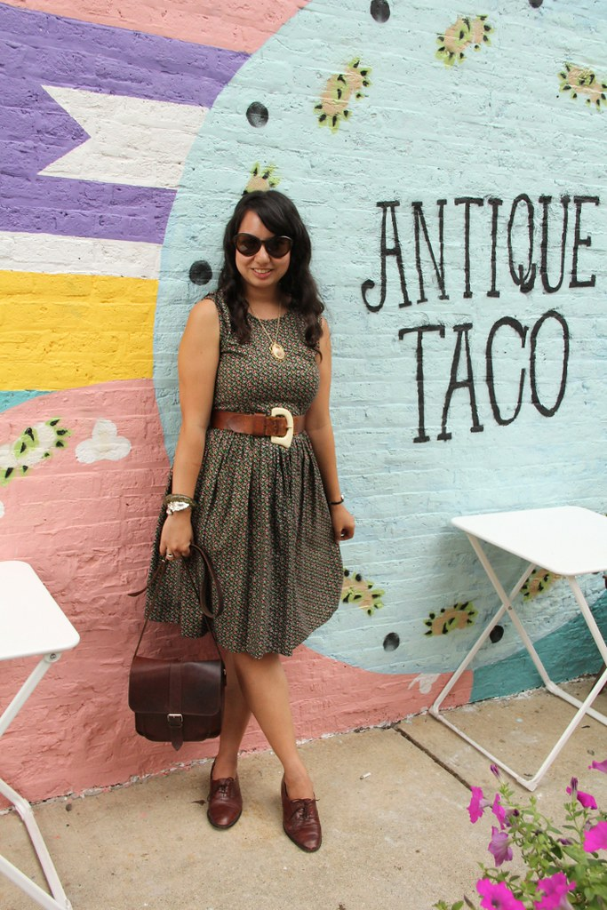 thriftaholic_antique_taco_mural