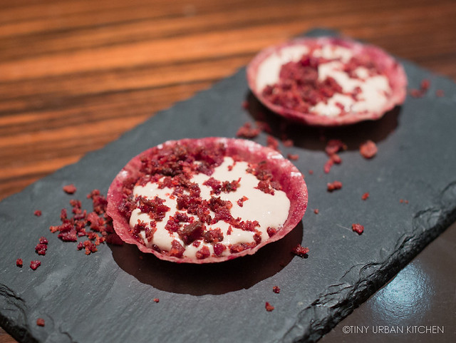 Beetroot cup with lemon mousse