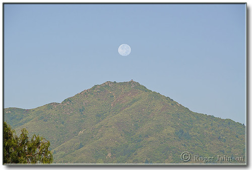 FINALLY!  I caught the full moon positioned  perfectly atop Mt Tam.