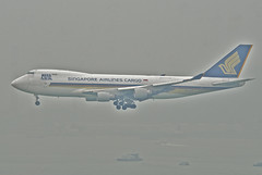 Singapore Airlines Cargo Boeing 747-400F; 9V-SFF@HKG;04.08.2012/670cz