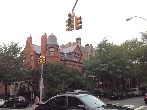 ブルックリンで見かけたお城みたいなお家。