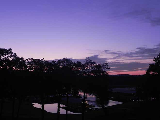 09-06-2012_Sunrise over Table Rock Lake
